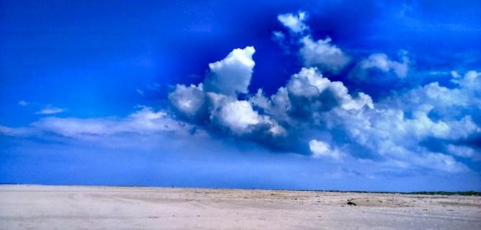 Dunkle Wolken am Arbeitshimmel